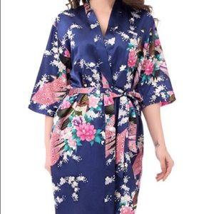 Satin robe - hardly worn